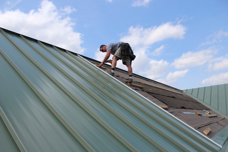 Common Types Of Standing Seam Metal Roofs