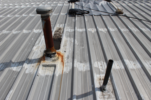 Problems With Metal Roofs And What To Do About It