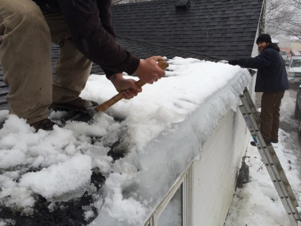 Major Snowfall Causes Ice Damming Gutters