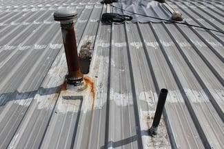 metal_roof_pipe_flashing