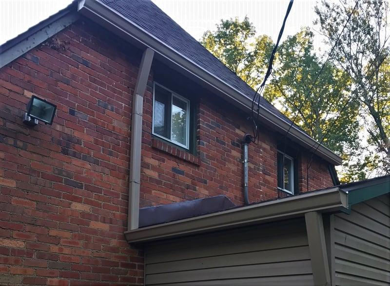 Shingle Roof Repair Flashing-Clifty.jpg
