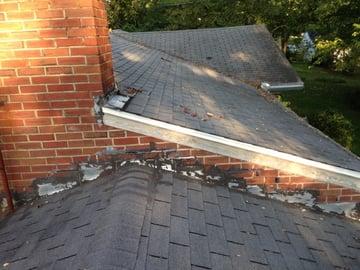 Flashing damage to the chimney.jpg