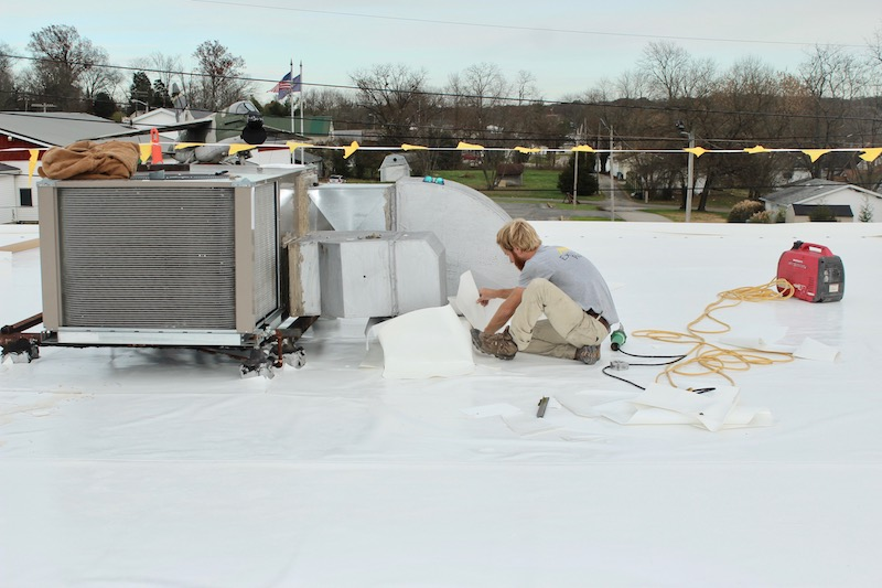 Commercial Flat Roof Amp Gutter Repair North Vernon Plaza