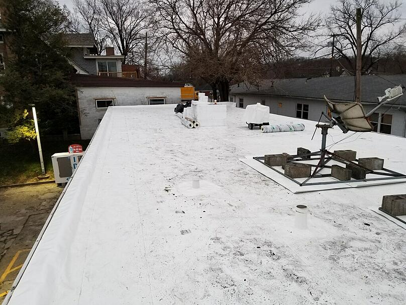 Flat Roof Membrane Installation Overview-Speedway