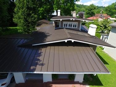 Standing_Seam_Metal_Roof_.jpg