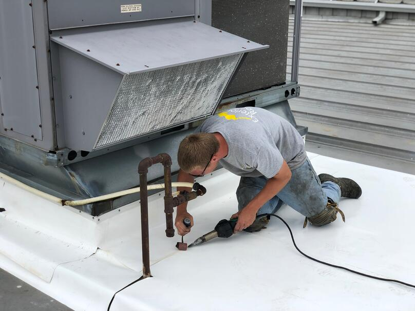Metal Roof Flat Roof Repair Retrofit Welding-Venture